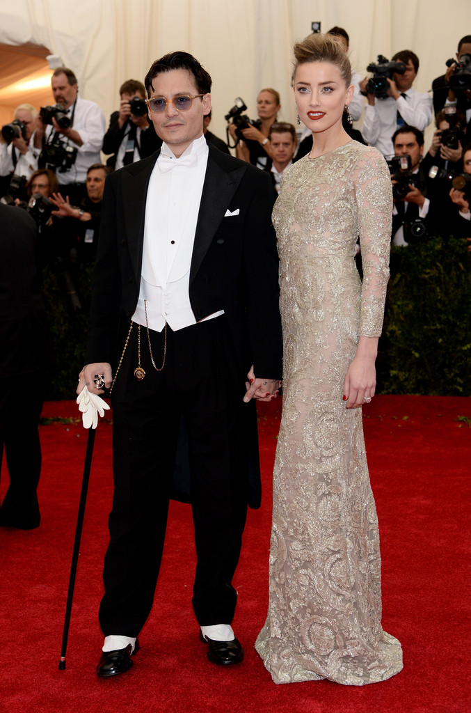Johnny Depp And Amber Heard Photos Photos Red Carpet Arrivals At