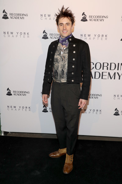 62nd GRAMMY Nominee Celebration [clothing,fashion,suit,fashion design,formal wear,event,carpet,outerwear,dress,tuxedo,reeve carney,new york city,grammy nominee celebration,59th annual grammy awards,bet awards,latin grammy awards of 2018,celebrity,award,glamour awards,actor,television,red carpet]