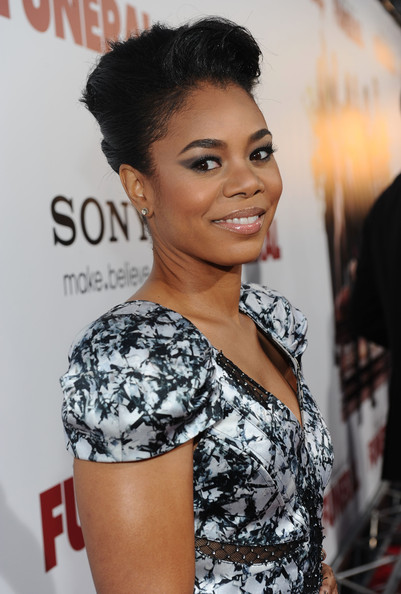 Regina Hall - Wallpaper Image