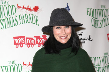 Rena Sofer 83rd Annual Hollywood Christmas Parade