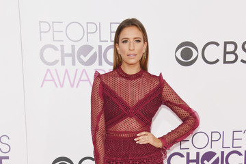 Renee Bargh People's Choice Awards 2017 - Arrivals