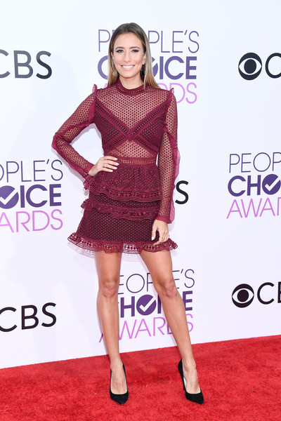 People's Choice Awards 2017 - Arrivals [fashion model,clothing,red carpet,dress,cocktail dress,carpet,fashion,shoulder,premiere,footwear,peoples choice awards,microsoft theater,los angeles,california,renee bargh,arrivals]