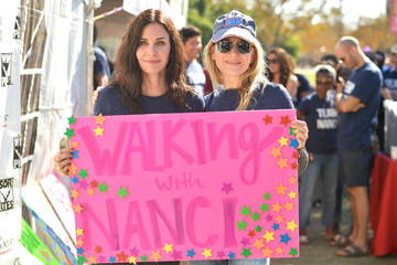Renee Zellweger Nanci Ryder's Team Nanci Participates in the 15th Annual LA County Walk to Defeat ALS - Arrivals