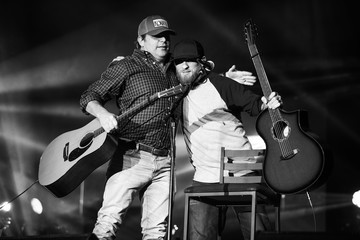 Rhett Akins ACM: Stories, Songs & Stars: A Songwriter's Event Benefiting ACM Lifting Lives - Alternative View