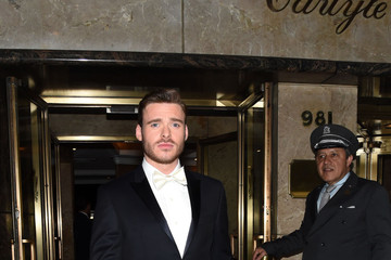 Richard Madden MET Gala 2015 - Departures From the Carlyle