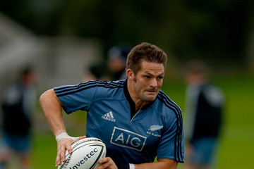 Richie Mccaw New Zealand All Blacks Training Session