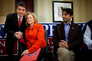 Rick Perry Bobby Jindal Rick Perry Takes Part In Caucus Training Session