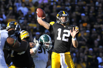 Ricky Stanzi Michigan State v Iowa