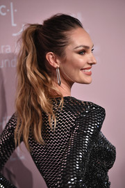 Candice Swanepoel wore her hair in an edgy-glam ponytail at the 2018 Diamond Ball.