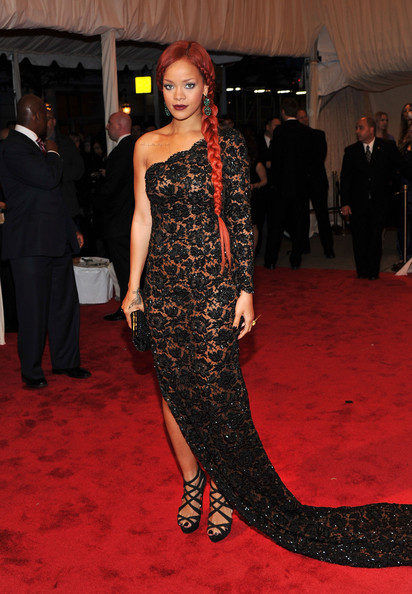 "Rihanna Rihanna attends the ""Alexander McQueen: Savage Beauty"" Costume Institute Gala at The Metropolitan Museum of Art on May 2, 2011 in New York City."