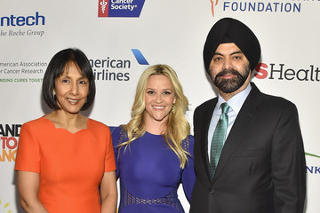 Ritu Banga Entertainment Industry Foundation Presents Stand Up to Cancer's New York Standing Room Only Event with Donors American Airlines, MasterCard and Merck - Red Carpet