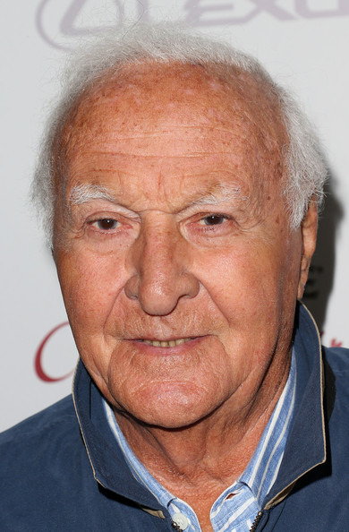 robert loggia independence day 2