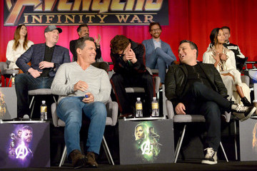 "Robert Downey Jr. Chris Hemsworth ""Avengers: Infinity War"" Global Press Conference"