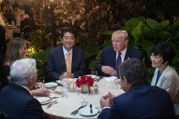 Robert Kraft US President Trump and Japanese Prime Minister Abe Dine at Mar-a-Lago Resort