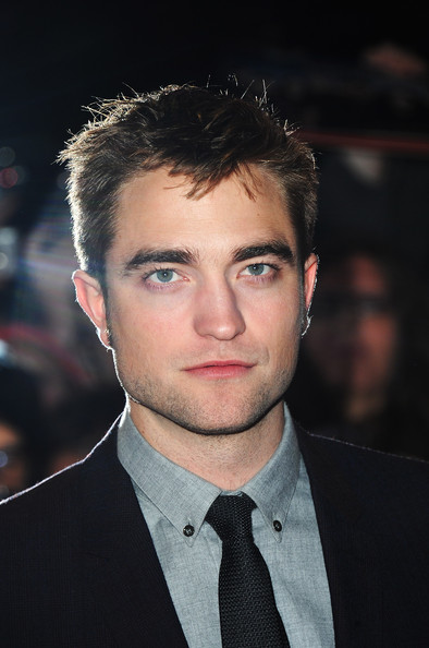 Robert Pattinson - The Twilight Saga: Breaking Dawn Part 2 - UK Premiere - Arrivals