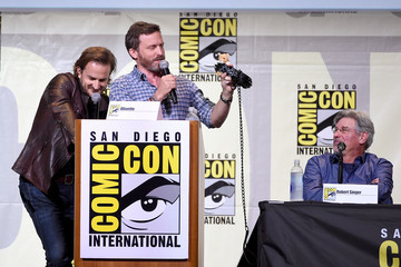 Robert Singer Comic-Con International 2016 - 'Supernatural' Special Video Presentation and Q&A