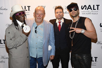 Robin Leach Wade Martin Premieres Full-HD Virtual Reality Music Videos by Flavor Flav And Coolio