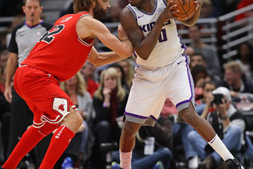 Robin Lopez Sacramento Kings v Chicago Bulls