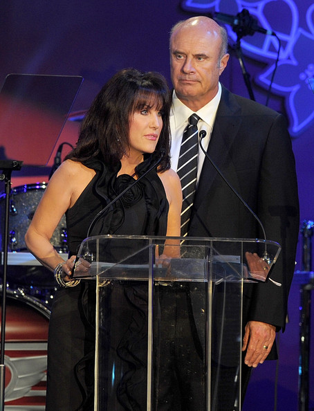 Graw phil mcgraw is married to robin mcgraw images search pasutri