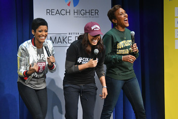 Robin Roberts MTV's 2017 College Signing Day with Michelle Obama - Inside