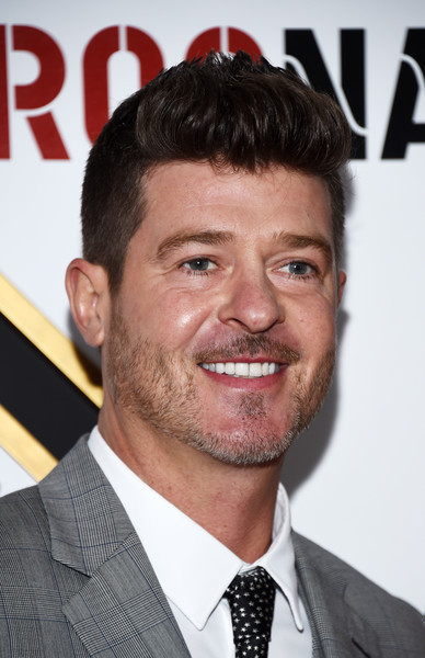 Robin Thicke Photos - 77 of 4274
