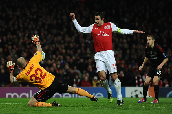 Robin Van Persie - Arsenal FC v AC Milan - UEFA Champions League Round of 16