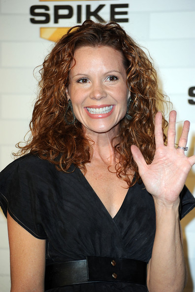 robyn lively instagram
