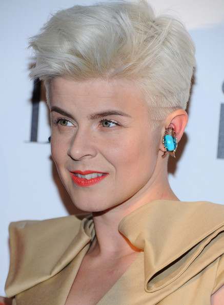 Robyn Photos Photos Elle S 2nd Annual Women In Music