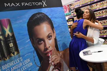 Rochelle Humes Rochelle Humes Launches New Max Factor Poolside Glamour Look at Superdrug