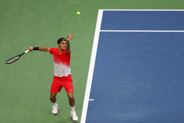 US OPEN Day 4: Roger Federer Struggles While More Seeds Fall