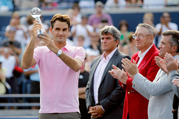 Roger Federer Roger Federer of Switzerland is presented the runner-up trophy after loosing to Andy Murray of Great Britain during the final of the Rogers Cup at the Rexall Centre on August 15, 2010 in Toronto, Canada.