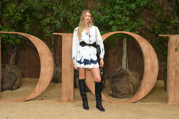 Christian Dior : Photocall -  Paris Fashion Week - Womenswear Spring Summer 2020 [beauty,lady,fashion,leg,blond,fun,long hair,footwear,tree,fawn,christian dior,part,summer 2020,paris,france,christian dior womenswear spring,romee strijd,photocall - paris fashion week,show,paris fashion week]