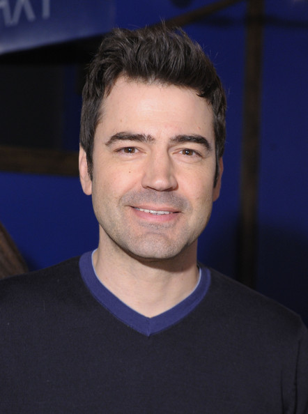 ron livingston dating  to get women when he did date one, it was miranda, the character most likely  to see through his bullshit  jack berger (ron livingston.