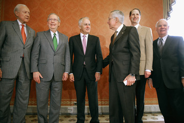 Ron Wyden Majority Leader McConnell Meets With Australian PM Malcolm Trumbull
