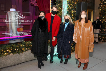 Roopal Patel Wes Gordon Celebrates The Holidays At Saks Lights Up Fifth Avenue Ceremony