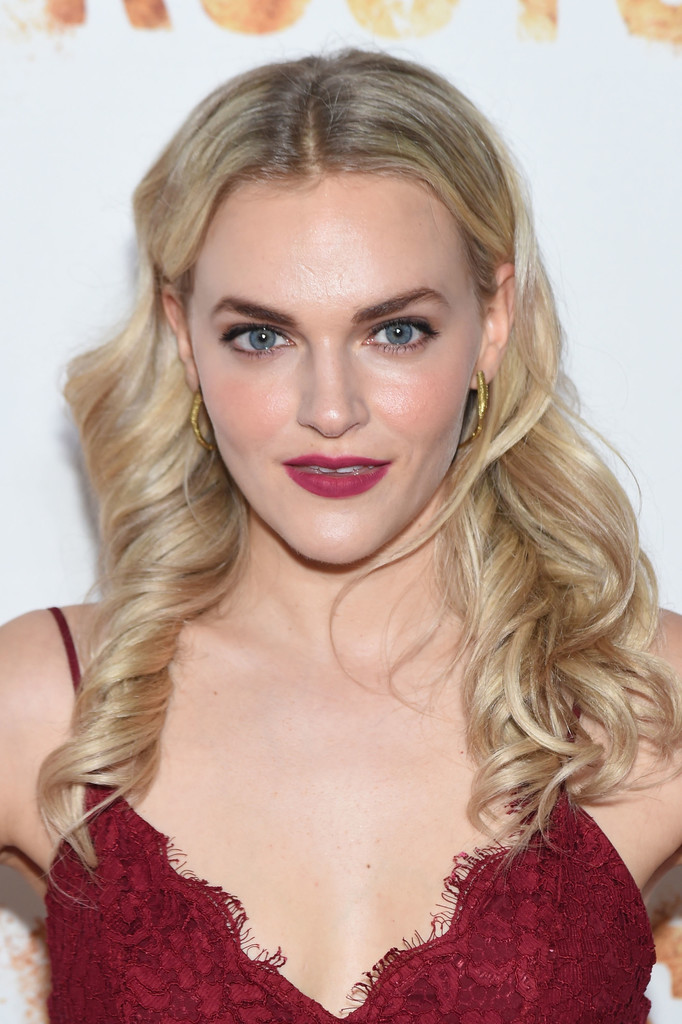 Madeline Brewer Nude Photos 5