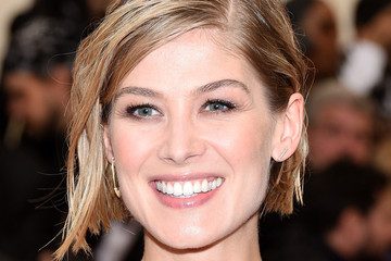 Rosamund Pike Red Carpet Arrivals at the Met Gala — Part 3