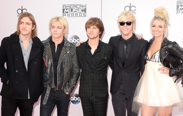 Ross Lynch - 2014 American Music Awards - Arrivals
