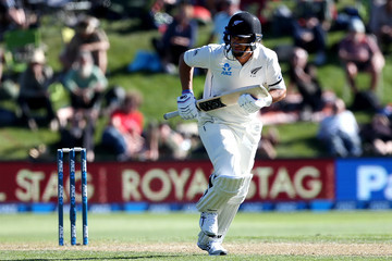 Ross Taylor New Zealand v South Africa - 1st Test: Day 2