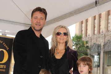 Tennyson Spencer Crowe Russell Crowe Honored On The Hollywood Walk Of Fame