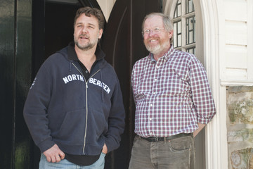 Bill Bryson Russell Crowe Visits Durham University