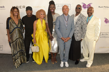 Russell Simmons Russell Simmons' Rush Philanthropic Arts Foundation Hosts the Midnight at the Oasis Annual Art for Life Benefit - Arrivals