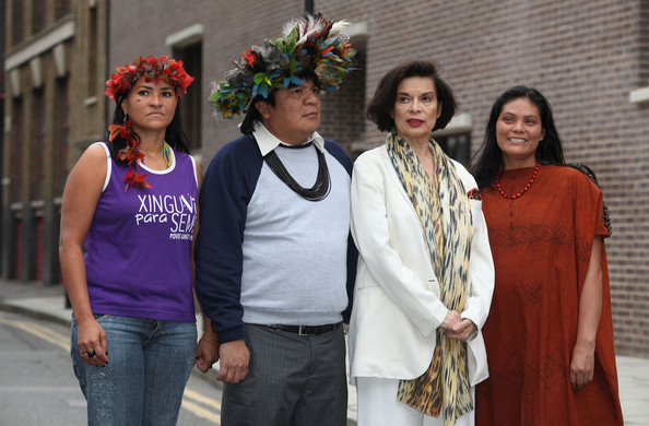 Ruth Buendia Mestoquiari (L-R) Sheyla Yakarepi Juruna, representative of the Juruna Tribe of the Xingu River, Chief Almir Narayamoga Surui, Leader of the Surui Tribe of the Madeira River Basin of Brazil, Bianca Jagger, Founding Patron of the Bianca Jagger Human Rights Foundation and patron of the Amazon Charitable Trust and Ruth Buendia Mestoquiari, President of Central Ashaninka Del Rio Ene (CARE) of Peru attend photocall to highlight the threat of hyrdo-power schemes in Latin America at the Amnesty International office on March 1, 2011 in London, England.
