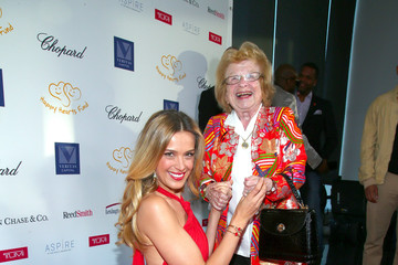 Ruth Westheimer Petra Nemcova Hosts 2017 Graduation Gala to Benefit Happy Hearts Fund at Aspire at One World Observatory