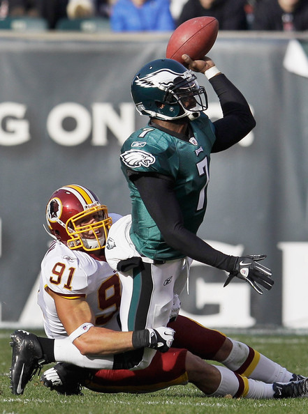 Ryan Kerrigan takes down Michael Vick