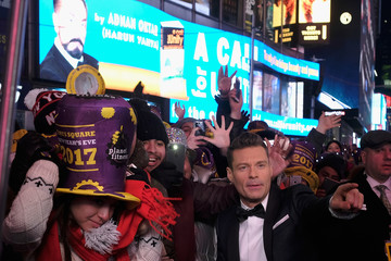 Ryan Seacrest New Year's Eve 2017 In Times Square