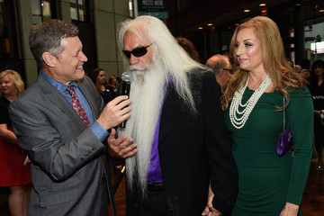 SIMONE DE STALEY The Country Music Hall of Fame Inducts New Members the Oak Ridge Boys, Jim Ed Brown and The Browns, and Grady Martin During 2015 Medallion Ceremony