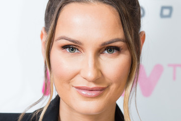 Sam Faiers BUILD The Mummy Diaries