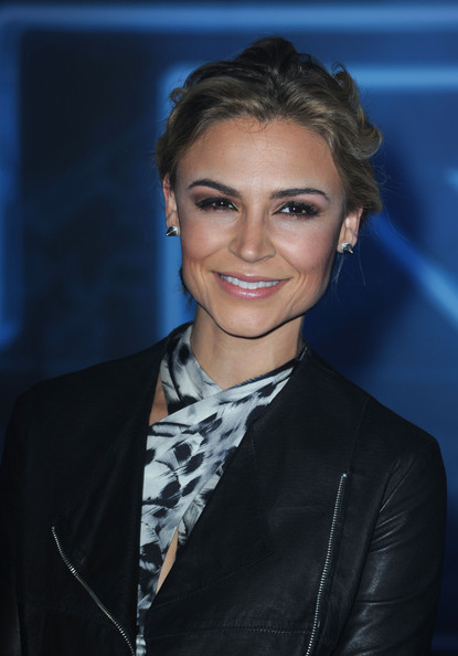 Samaire Armstrong - Images