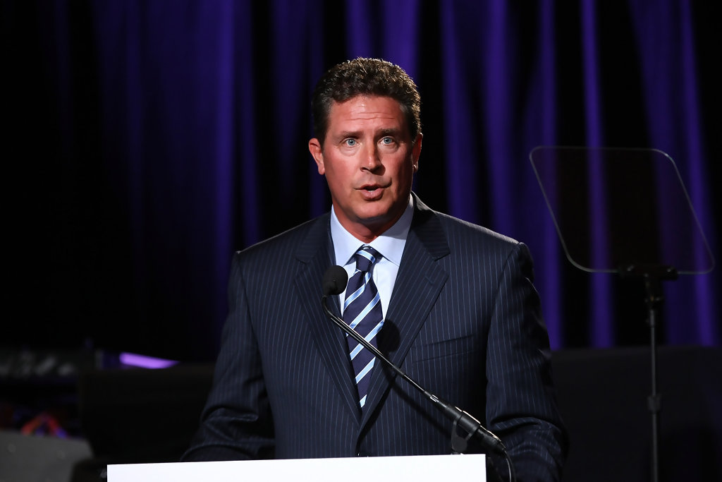 dan marino photos photos samsung 39 s 8th annual four. Black Bedroom Furniture Sets. Home Design Ideas